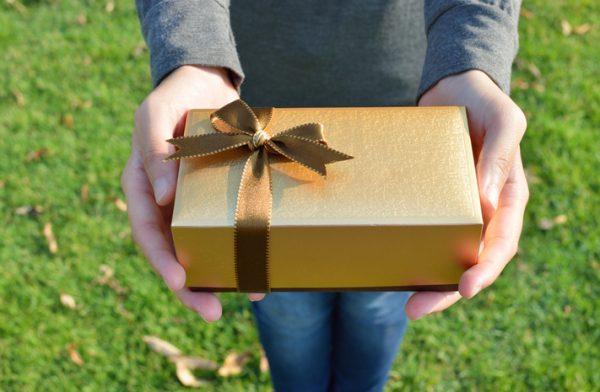 5 подарков, которые принесут неудачу: не дарите сами и не принимайте в дар