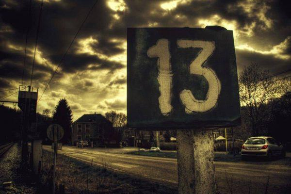 CHislo 13