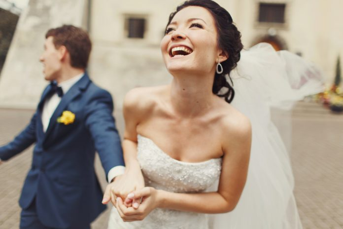 Картинки по запросу В каком возрасте лучше вступать в брак по знаку Зодиака?