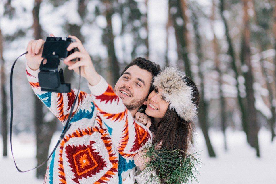 """Картинки по запросу """"влюбленные фотосессия зима"""""""""""