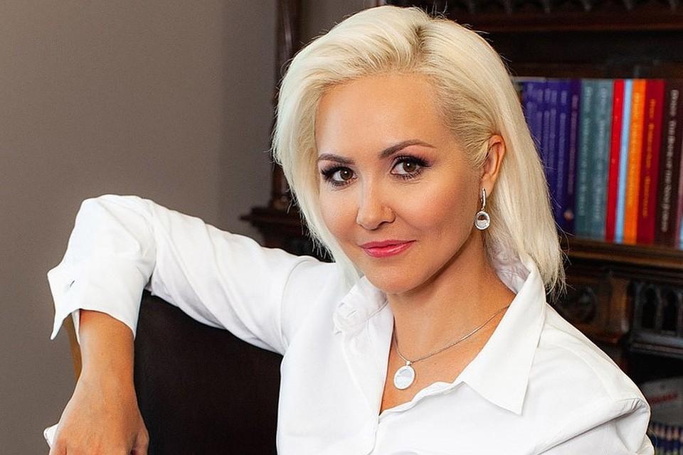 """Картинки по запросу """"Гороскоп на апрель от Василисы Володиной"""""""