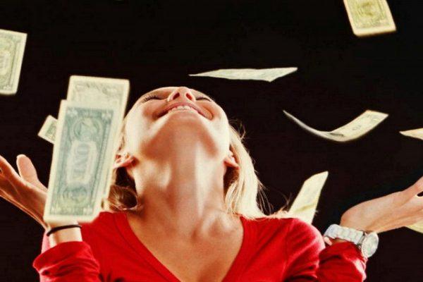 Каких знаков ангелы защитят от финансовых проблем