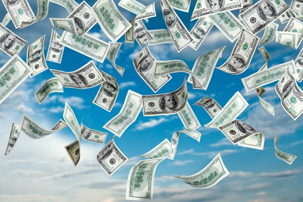 Продал доллары – купил дом: Эти Зодиаки сумеют «навариться» на кризисе