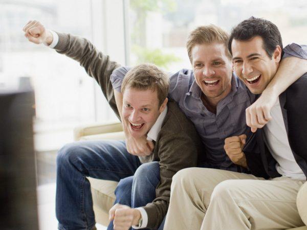 Найдена разница между мужской и женской дружбой - Новости - MEN's LIFE