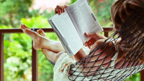Тест: какую книгу стоит прочитать на майских?