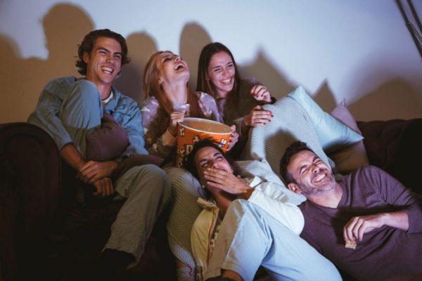 """Сила смеха: 5 знаков зодиака, которые """"наполнены"""" позитивом"""