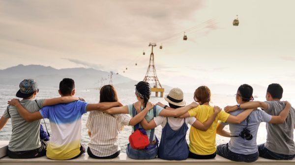 С тобой хоть куда!»: 5 дружелюбных знаков зодиака | SM.News