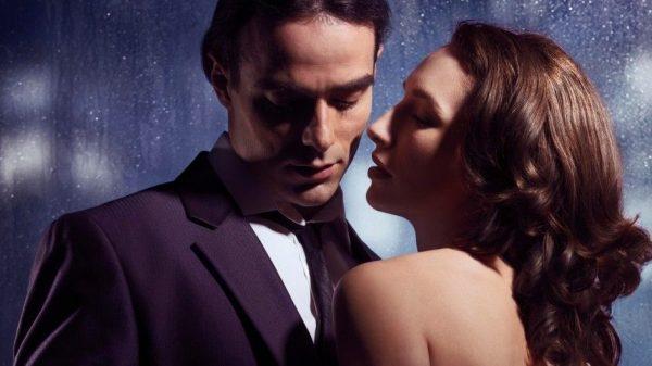 Звездная романтика: каким знакам зодиака январь пророчит успех в отношениях