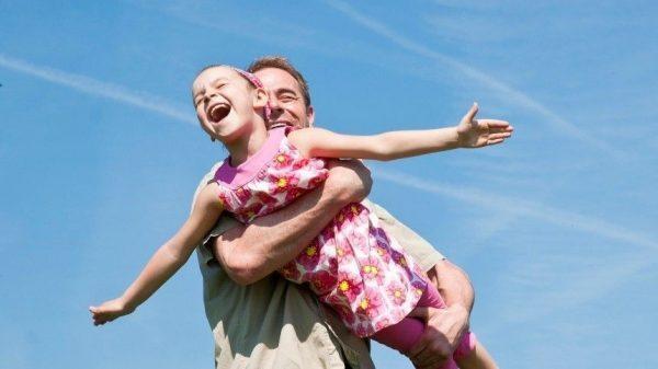 Заботливый и нежный: ТОП-5 самых лучших отцов среди знаков зодиака